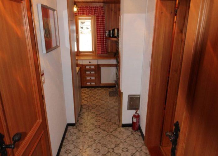 10 The Hallway