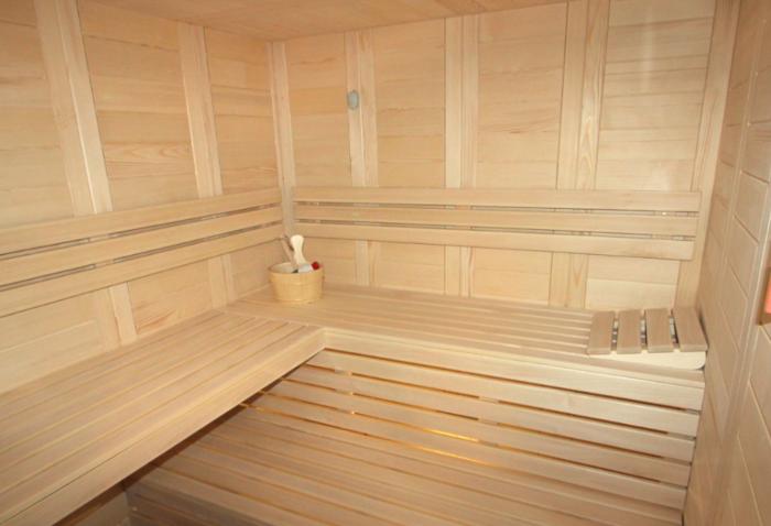 12 The Sauna
